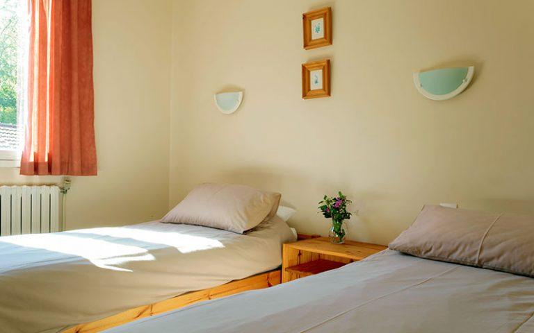 Chambre à deux lits, Etage
